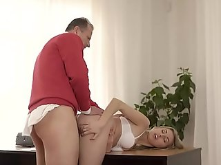 OLD4K. Ellen Jess got buried padlock kind gentleman helps her inspect sex