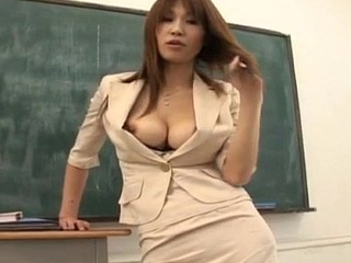 Ai Kurosawa fondles her tits and rubs pussy in front of fellow