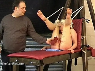 Tied comme �a slaveslut Turmoil tortured to tears together with hot wax punished submissive in