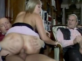 Young wife immigrant bestfreecams.online gets fucked before shush