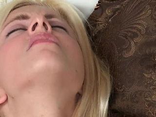 Mom Syren Demer bangs Jessie Volt
