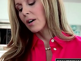 Realitykings - mommys group-sex nubiles - (julia ann, natalia starr) - polish off it to it